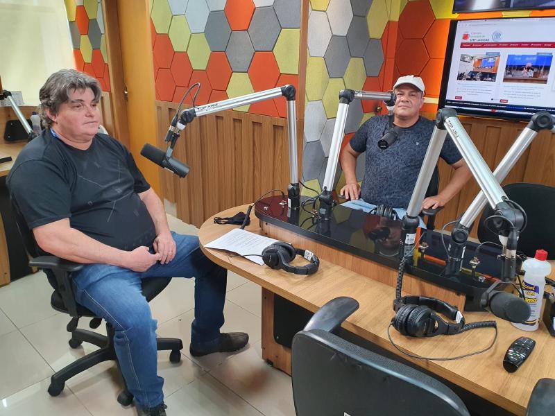 ÁUDIO: Nerd aos 50 recebe visita de ouvinte em programação especial na Rádio Câmara